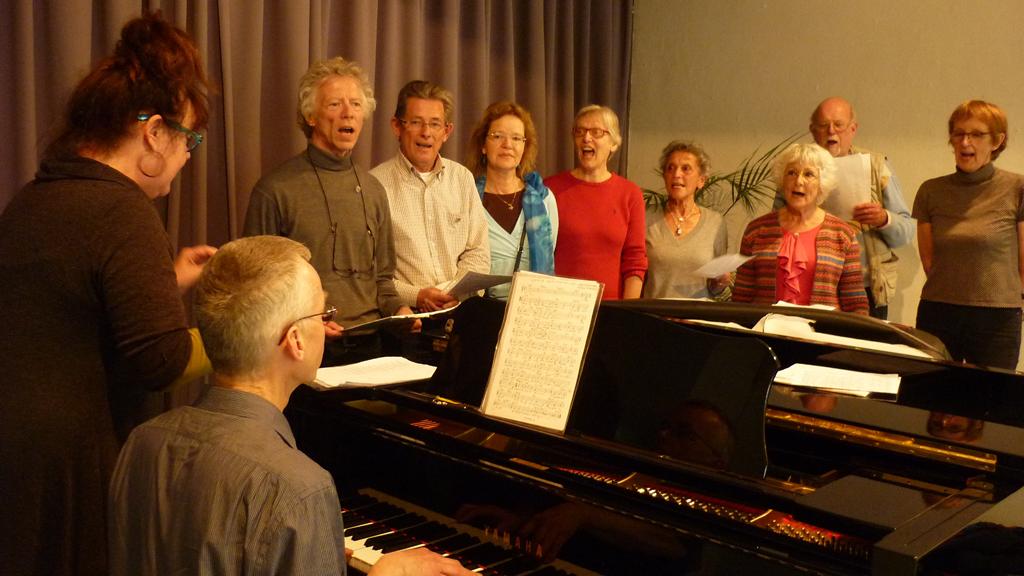 a Het zingen van het Kunstkringlied